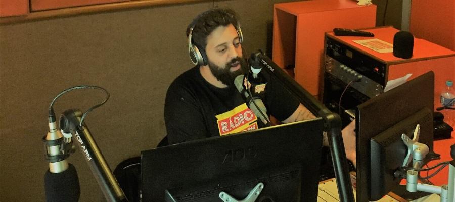 A ABRAQUA é autorizada a transmitir a Rádio Show